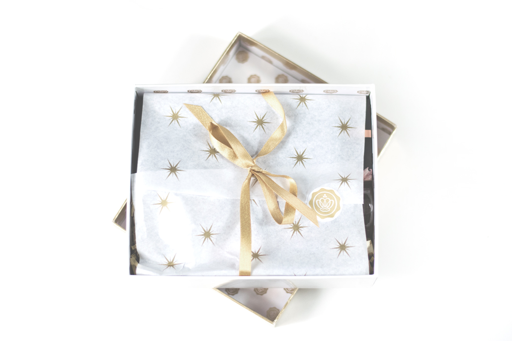 glossybox-golden-christmas-box